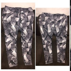 Large danskin workout leggings full length